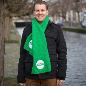 Sjaal groen, gebreid.